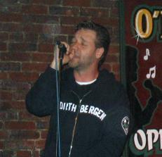 Russell Crowe singing